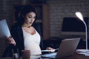 Zakaz zatrudniania kobiet w ciąży w porze nocnej
